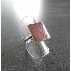 bague carré rouge cuivré