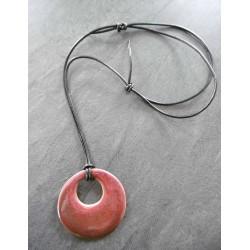 collier rouge de cuivre...