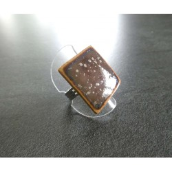 bague carré violet marron